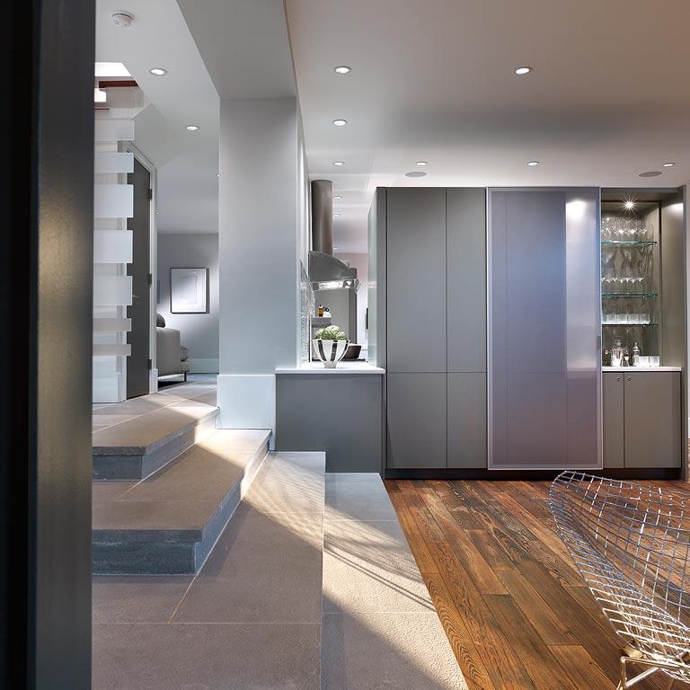 Chestnut Hill Apartments: MODERNIST RESIDENCE